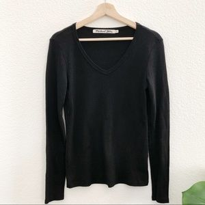 Michael Stars Long sleeves V-Neck Basic Tee